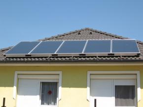 Solární panely na větší zahradní domek? Proč ne?